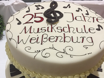 Spezialtorte Musikschule