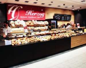 Bäckerei Merkendorf, Herzog